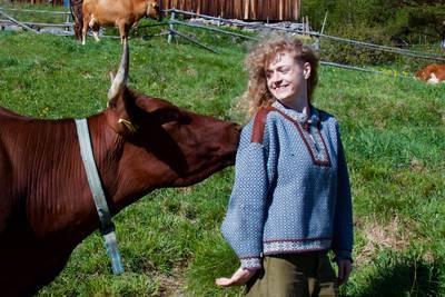 MDGs Margit Fausko fant 78 ølflasker i en container - ba venninnen om å hente tralla