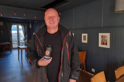 Svein Solberg tar med tysk lager og norsk rock på lytteturné
