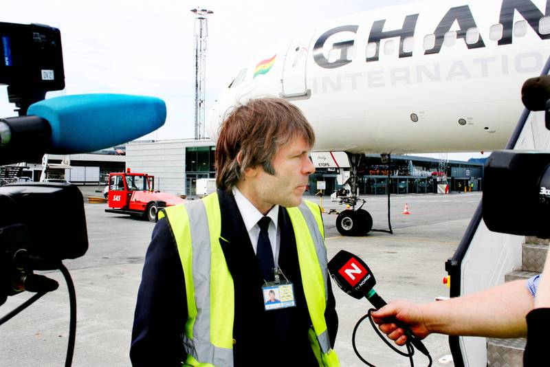 PILOT: Bruce Dickinson og Maiden møter presse og fans i 2008.