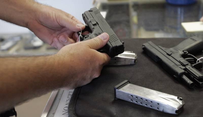 På en gjennomsnittsdag i USA blir 19 barn og unge drept eller såret av et skytevåpen.