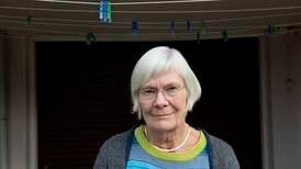 Kirsten (71) tar vare på sin demente ektemann: – Velferdsstaten er ikke så sterk som vi tror