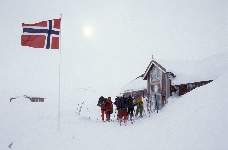 Fjellvettreglene er utarbeidet av Den Norske Turistforening og Norges Røde Kors.