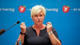 Siv Jensen varsler Frp-krav om kutt i flyktninger og avgifter