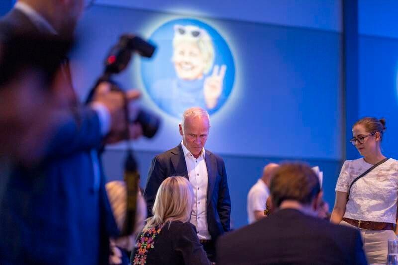 Finansminister Jan Tore Sanner kan ha brutt loven da han ba embetsverket holde tilbake dokumenter av hensyn til Høyres valgkamp.