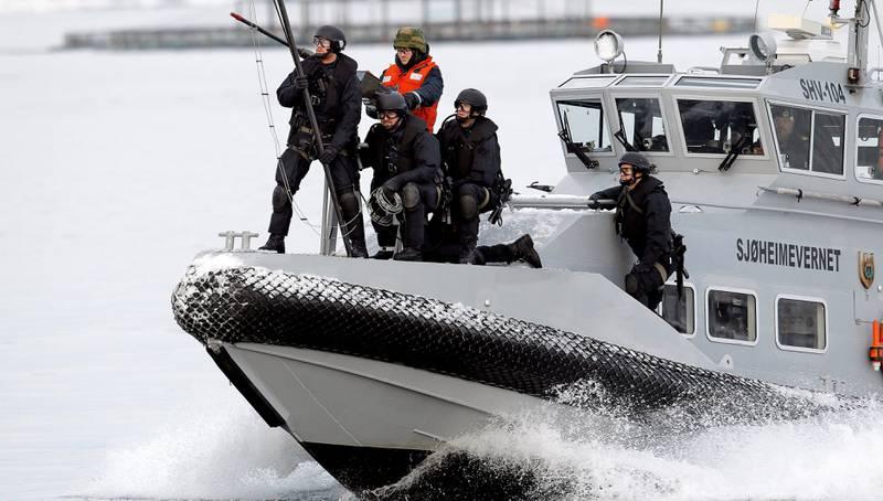 Sjøheimevernet (SHV) er pålagt å bruke 10 millioner kroner på trening i Nord-Norge samtidig som avdelingene i SHV legges ned.