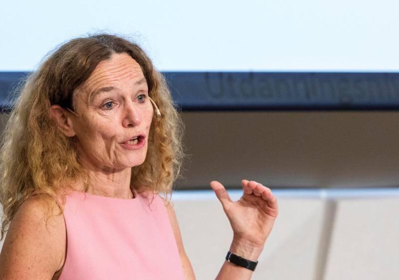 Folkehelseinstituttets direktør, Camilla Stoltenberg, har  nå nær 1,5 millioner kroner i lønn, en økning på nesten 200.000 kroner siden 2015.