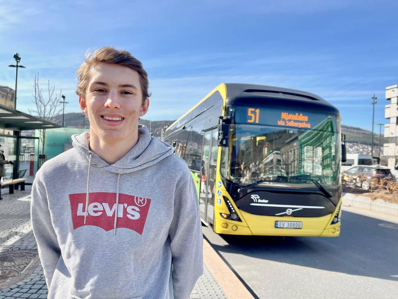 Mats Herman Hoelstad (18) leder for elevrådet på Drammen vgs.