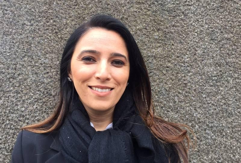 – Jeg håper barna mine en gang kan se det vakre landet jeg kjenner, sier Lina Attar.
