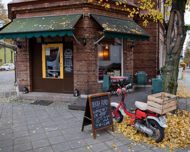 Dekka Bord er en familiedrevet restaurant som ligger idyllisk til i Ullvålsveien. ALLE FOTO: MINA RÆGE