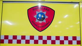 Fem personer fikk i seg røyk etter branntilløp i bolig på Hinna