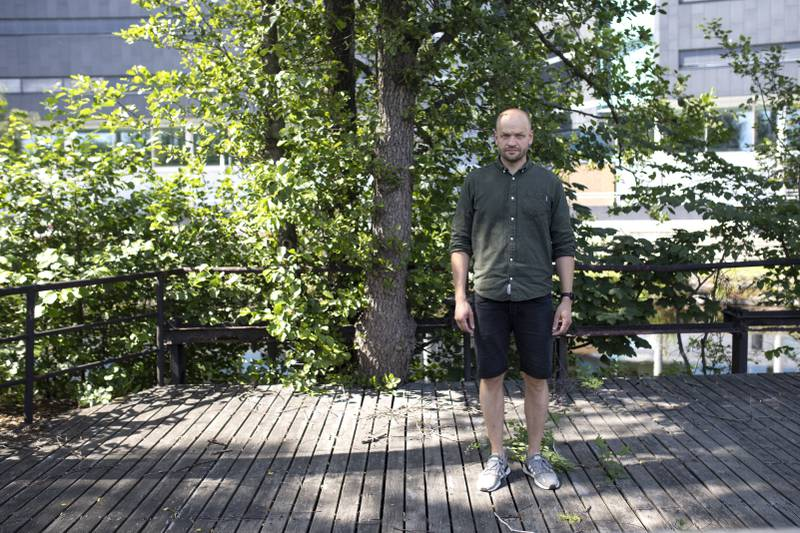 Pål Ulvenes, psykolog.  Snakket med terrorofre fra Utøya og pårørende etter 22.juli og har fortsatt med å følge det tett. Til sak om 10 år siden 22.juli