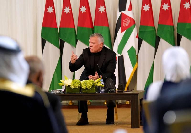 Jordans kong Abdullah er i hardt vær etter avsløringene om at han har skaffet seg luksuseiendommer i USA og Storbritannia.