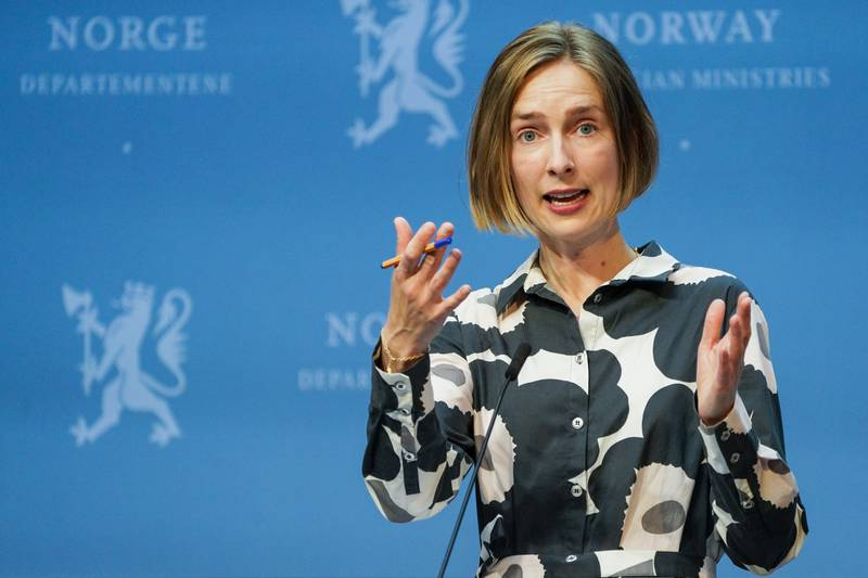 Næringsminister Iselin Nybø reagerer på bonusutbetalingene i Norwegian. Foto: Gorm Kallestad / NTB