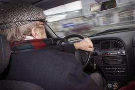 Sp frykter 100-åringer bak rattet