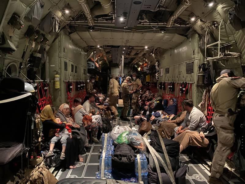 Et C-130J fra 335 skvadronen i Luftforsvaret har bistått med evakueringen av sivile fra Kabul i Afghanistan til Tblisi i Georgia.
