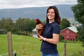 Monica (46) jobber som småbrukscoach: – Det er mange damer der ute som drømmer om småbruk
