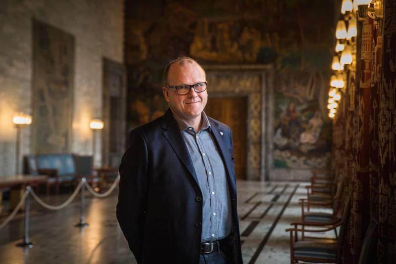 Bystyremøte Rådhuset Budsjettforhandlinger Frode Jacobsen