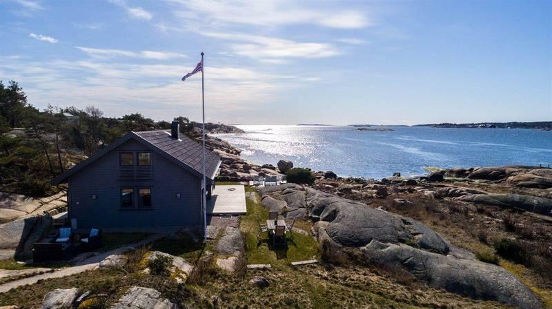 LANGØYA: Denne hytta er den nyeste av de seks dyreste til salgs i Fredrikstad og Hvaler før påske.