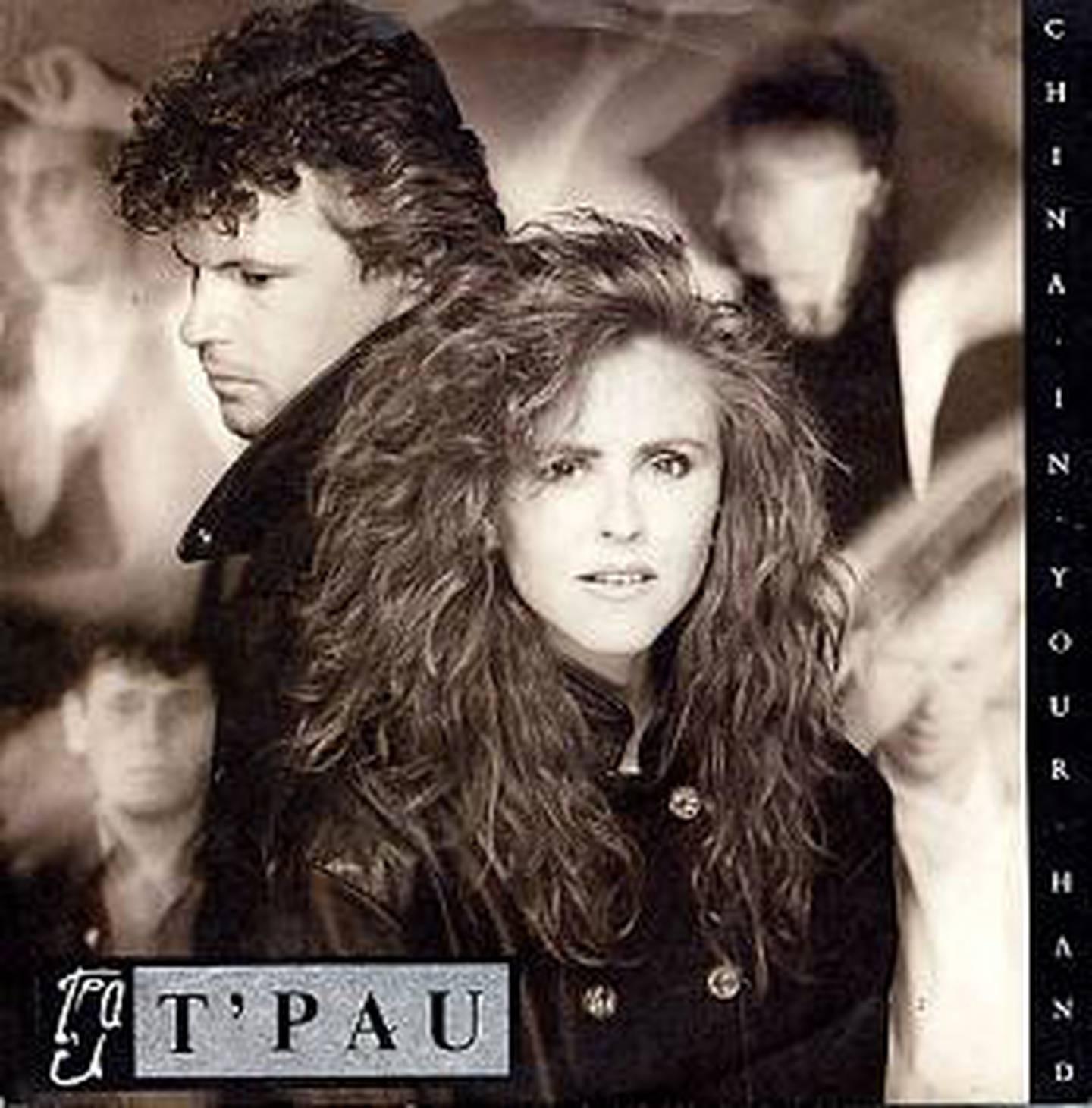 T'Pau sang om «China in your hand», som ikke handler om Kina likevel, i 1987.