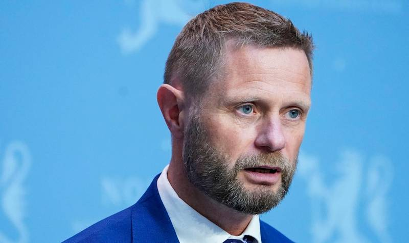 Oslo 20200731.  Helse- og omsorgsminister Bent Høie (H) under regjerings pressekonferanse om koronasituasjonen i Oslo. Foto: Lise Åserud / NTB scanpix