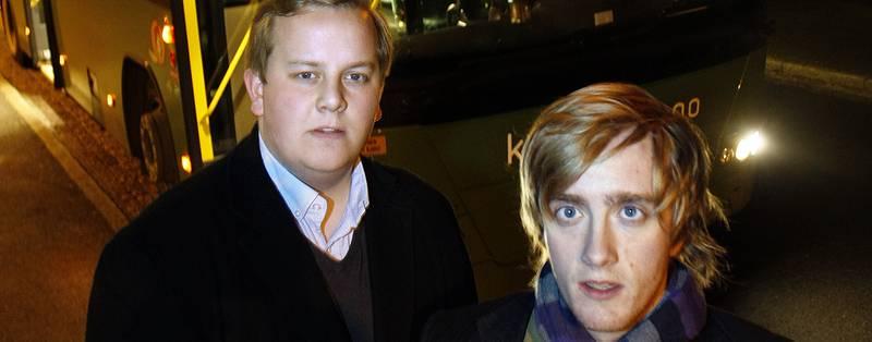Eirik Faret Sakariassen (til venstre), nestleder i Studentorganisasjonen StOr, og Morten Rønne, leder i StOr, ser fram til å møte Ellen Solheim (KrF). De håper på mer penger til UiS-bussene.