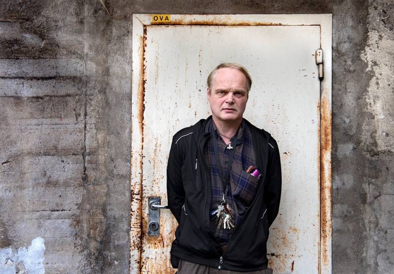 Også mange fattige skal avgi sin stemme ved høstens stortingsvalg, men Sverre Rusten, som representerer både Fattignettverket Norge og Fattighuset, lar seg ikke overbevise av partienes nye valgløfter til fordel for dem som har minst og sliter mest.