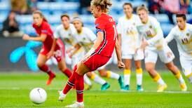 To norske hattrick da Norge startet VM-kvalifiseringen med tosifret