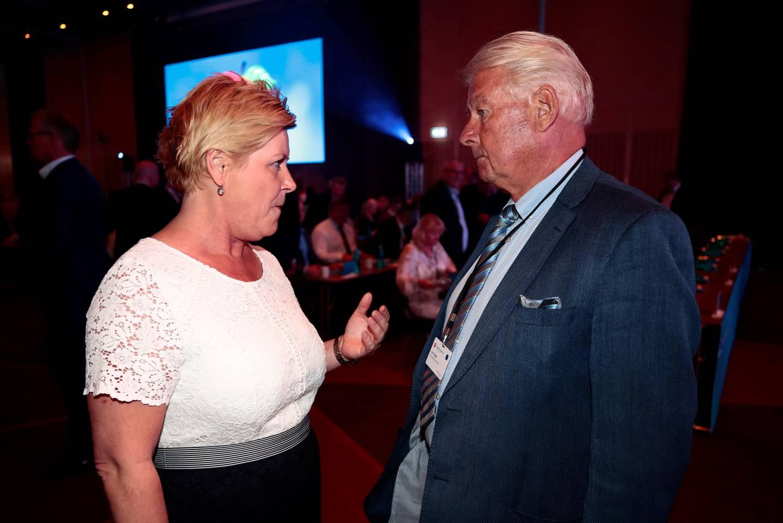 Gardermoen  20190503. Siv Jensen og Carl I. Hagen på Frp sitt landsmøte 2019. Foto: Lise Åserud / NTB scanpix