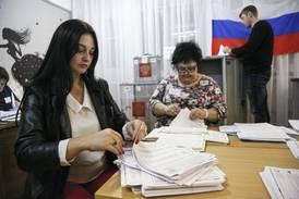 Putins parti mot ventet valgseier i Russland