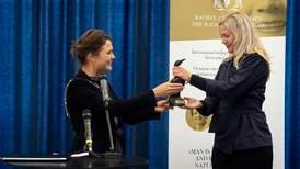 Forfatter Maja Lunde fikk miljøpris