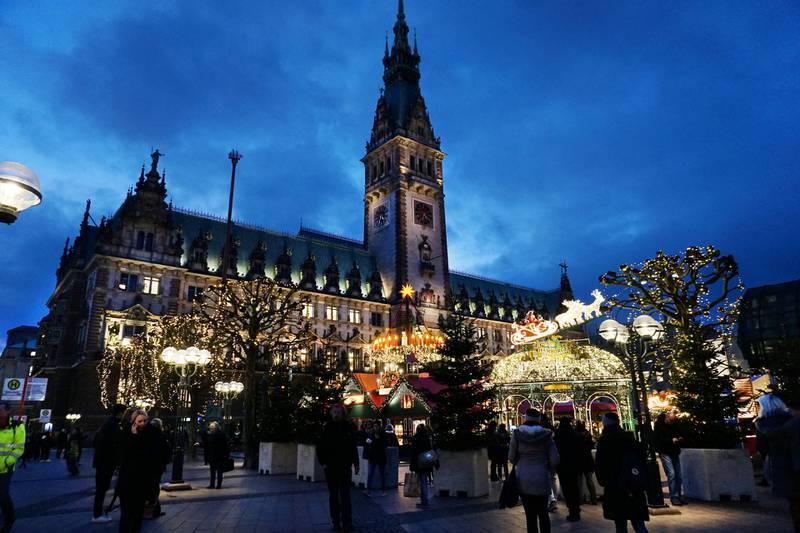 Det flotte julemarkedet på rådhusplassen er byens mest kjente og besøkte. ALLE FOTO: CHRISTINE BAGLO