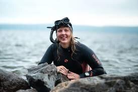Marinbiolog Pia Ve Dahlen debuterer med  bok om livet under vann