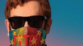 Elton John med karantene-plate