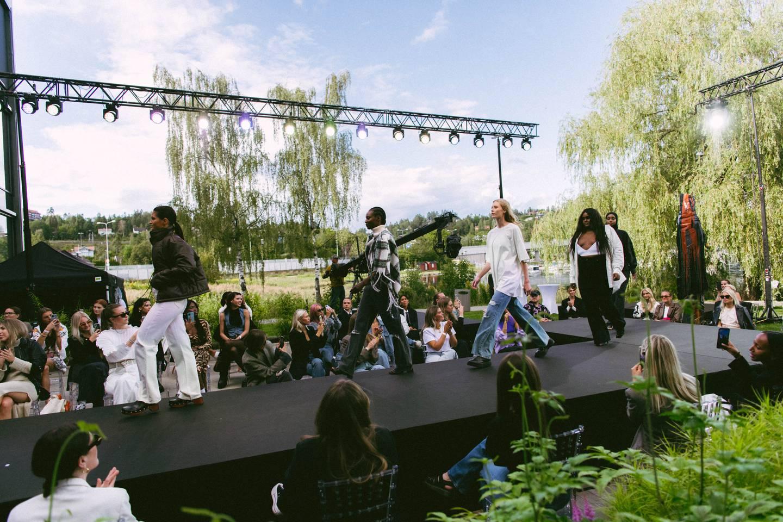 Bik Boks nye jeanskolleksjon høstet applaus fra journalister og influensere.
