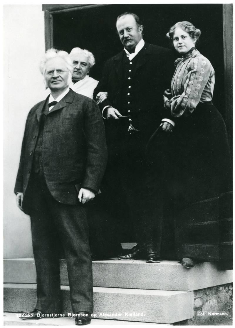 Alexander Kielland og datteren Baby på besøk hos Bjørnstjerne og Karoline Bjørnson.