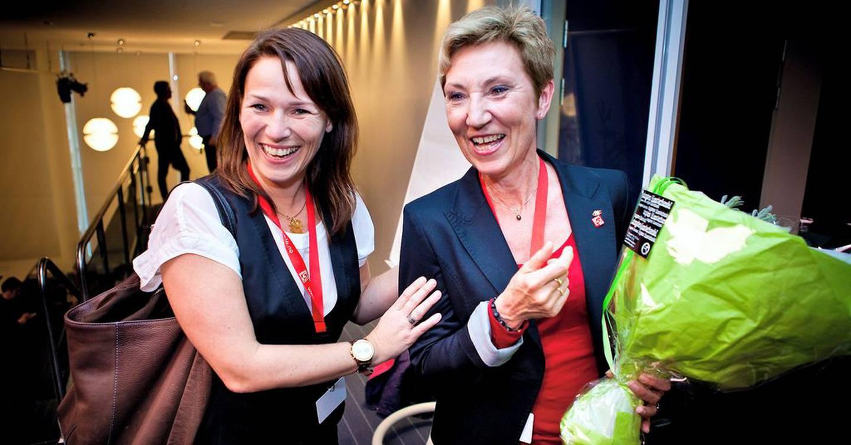 VAKTSKIFTE: På LO-kongressen i 2013 ble Peggy Hessen Følsvik valgt inn i LO-ledelsen. Trine Lise Sundnes gikk ut, og overtok som HK-leder.