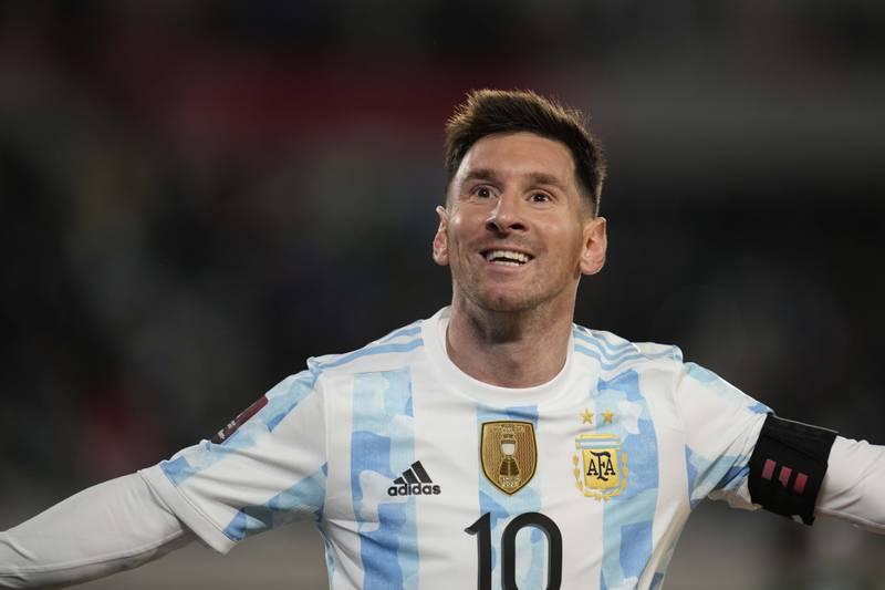 Lionel Messi er med PSG-troppen som onsdag møter Club Brugge i den første gruppespillskampen i mesterligaen. Foto: Natacha Pisarenko / AP / NTB