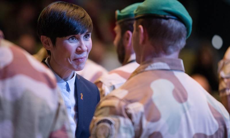 Bidragsytere til Godal-utvalgets rapport om norsk innsats i Afghanistan, reagerer på at utvalgets anbefalinger ikke blir lyttet til når Stortinget bak lukkede dører har besluttet at norske soldater skal inn i Syria.