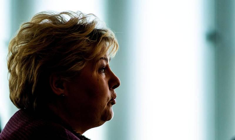 Dette handler ikke bare om at Erna var reservert etter tirsdagens debatt. Det er blitt statsministerens mønster helt siden hun fikk     jobben, skriver innleggsforfatteren.  Foto: Håkon Mosvold Larsen/NTB