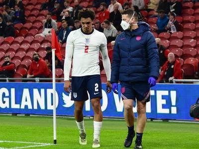 Alexander-Arnold av med skade i heldig England-seier