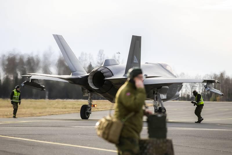 Forsvaret viser frem de nye F-35 jagerflyene i november 2019 på Rygge militære flyplass.