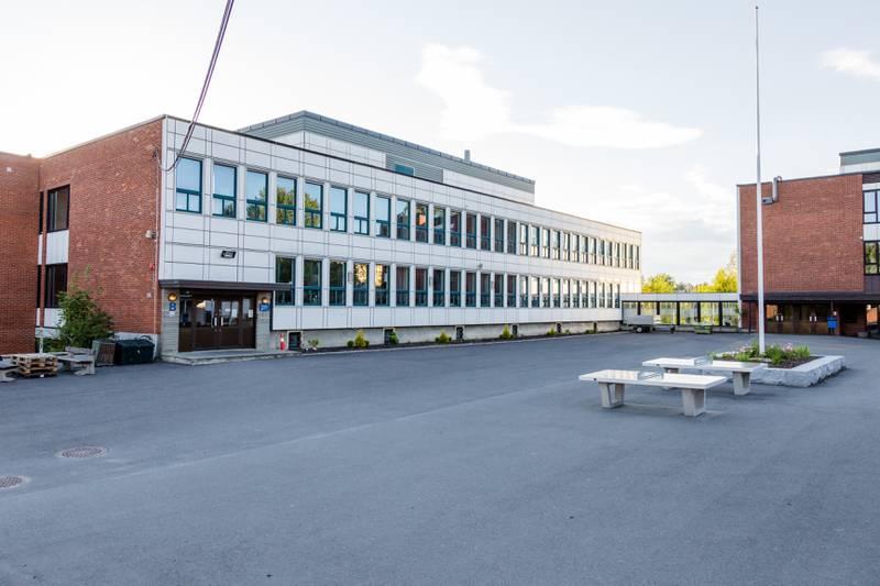 Ulsrud videregående skole.