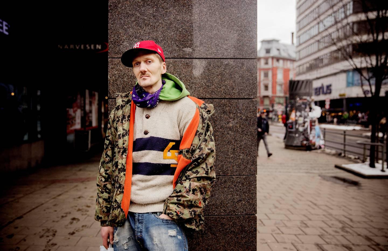 Kent Odland (37) har vært en del av Oslos rusmiljø i 18 år, og opplevd å bli flytta på før. – Jeg er litt spent på hva som kommer til å skje nå, vi kommer jo ikke til å slutte med stoff, sier han. Nok en gang har politiet bestemt seg for å flytte på hovedstadens narkomane.