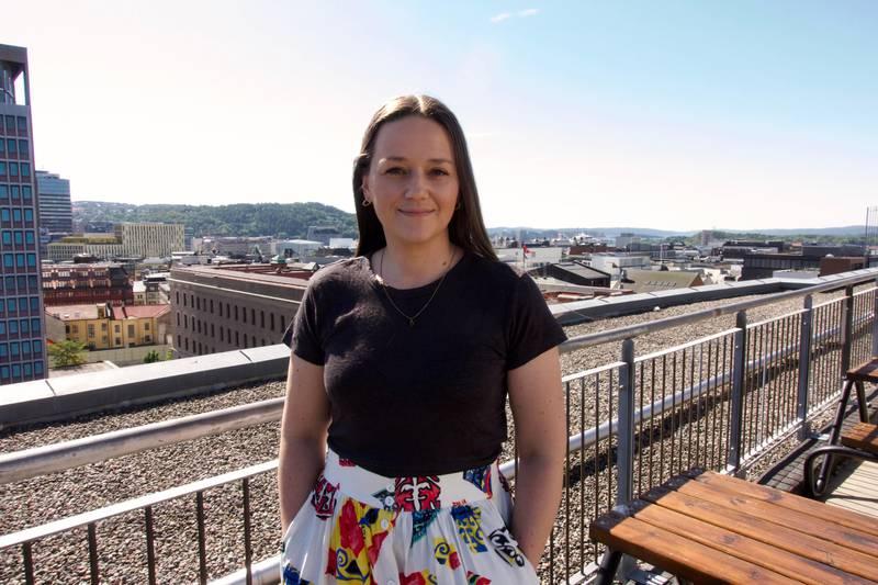 Bettina Lindgren er mor til tre syke barn og har vært med å starte organisasjonen Løvemammaene. Sist fredag møtte hun Kommunal- og moderniseringsminister Nikolai Astrup (H) for å komme med innspill.
