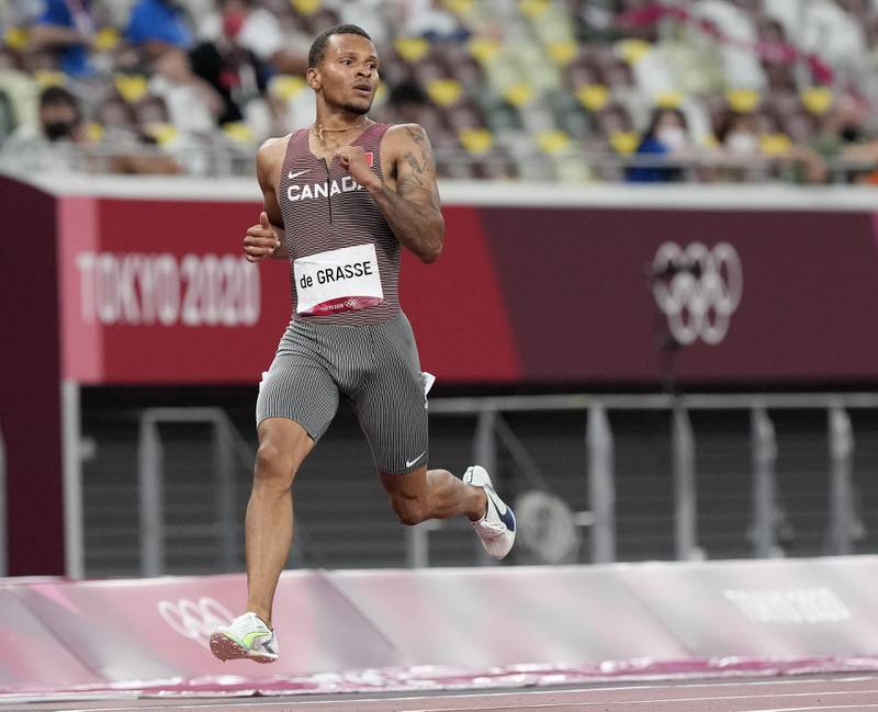 Andre De Grasse seiler opp som storfavoritt foran 200-meterfinalen i OL. Foto: Martin Meissner / AP / NTB
