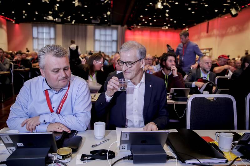 Jørn Eggum i Fellesforbundet forventer at Ap-leder Jonas Gahr Støre ikke lar seg presse av SV i oljepolitikken.