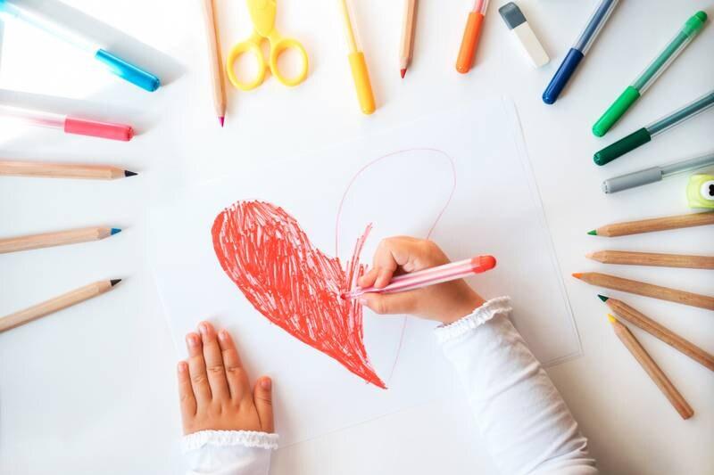 Jeg ivrer for at leken skal holde høy kurs i norske barnehager, men vi må lære mer om hvordan vi kan støtte barnas utforskertrang uten å bli «skolsk», skriver Hege Cecilie Eikseth.