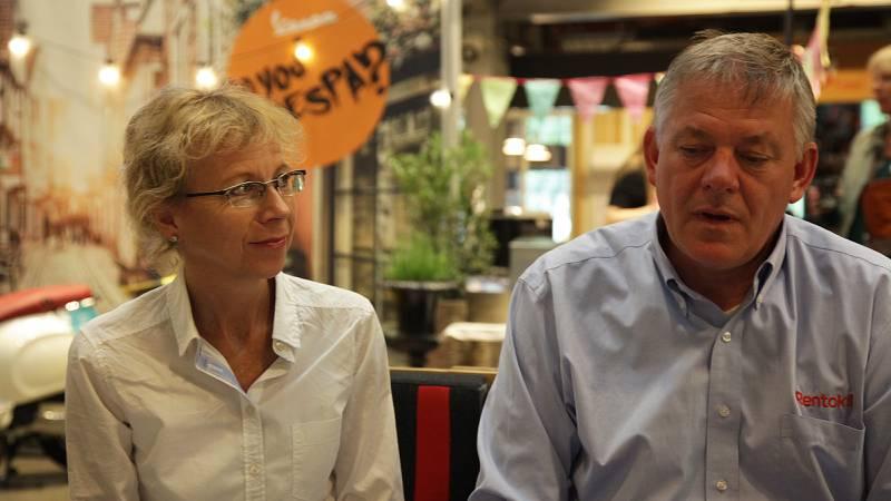 Ingrid Midbøe og Arne Nese fra Rentokil Norge mener at de er de perfekte verter for Pestaurant-konseptet. Selskapet har drevet med skadedyrbekjempelse siden 1971. FOTO: HEINE STANGEBY