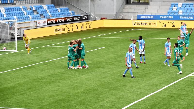 HamKam feiret Marcus Pedersens scoring. Foto: Kristoffer Knutsen