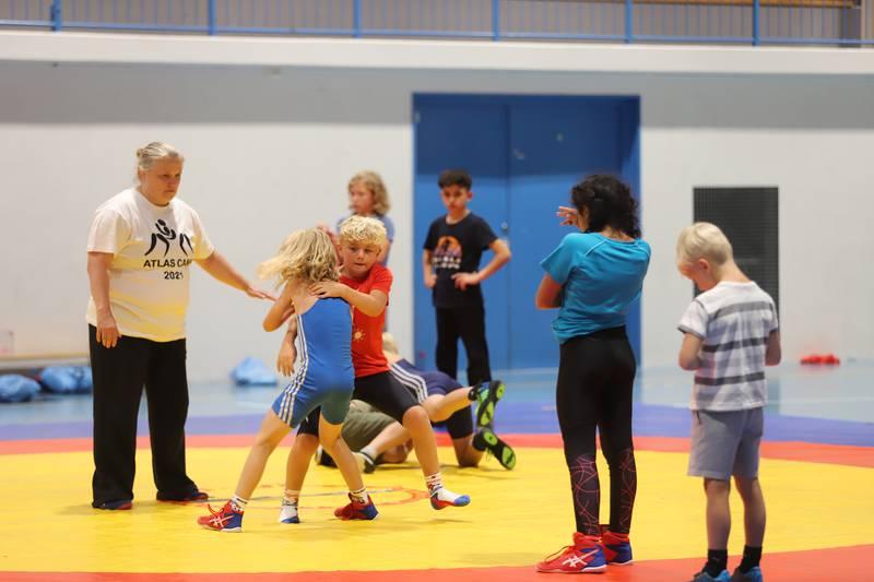 Unge brytere fra hele landet var samlet til treningsleir hos Fredrikstad BK Atlas i Hvalerhallen i uke 31, etter halvannet år uten trening og konkurranse på tvers av klubbene.